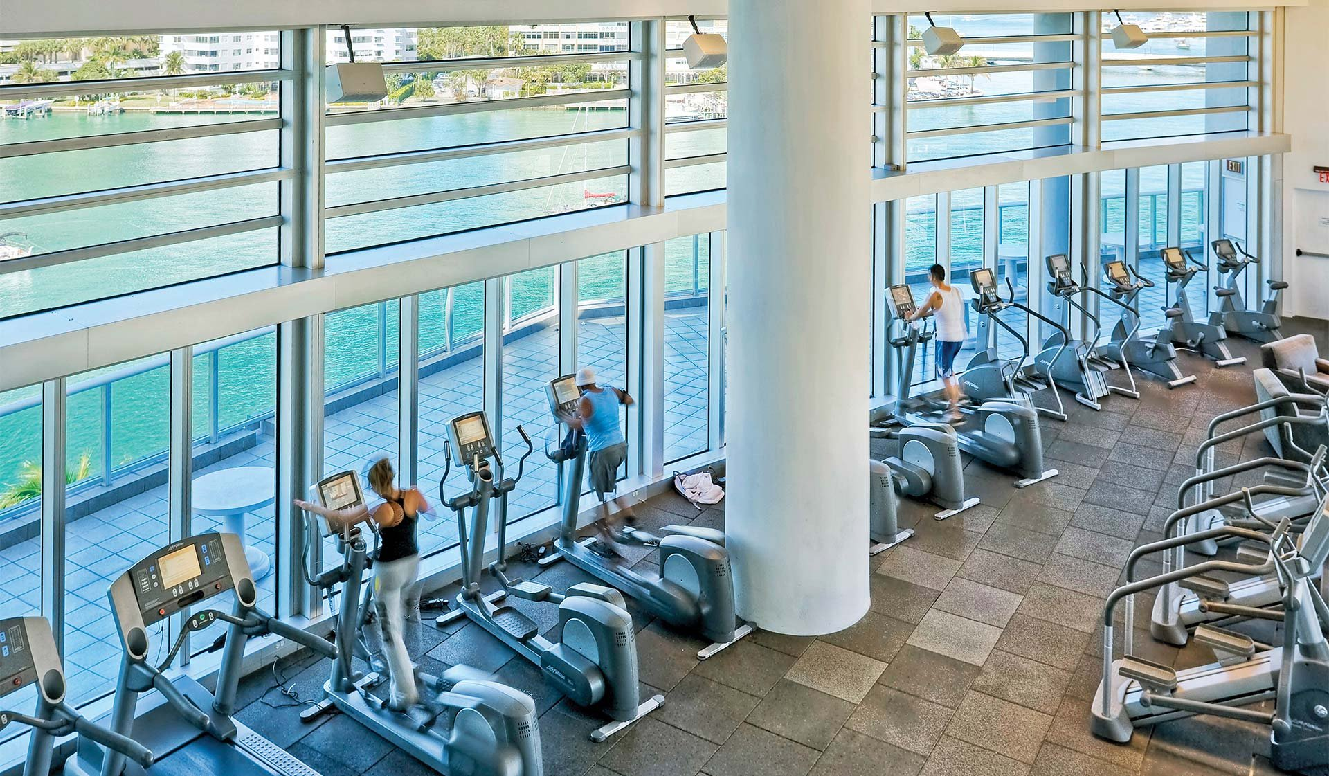 Flamingo point center tower miami beach fl featured amenities
